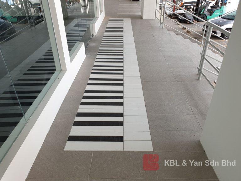 Floor Tiles in Piano Design